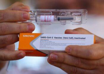 El uso de vacuna china en América Latina preocupa a EEUU