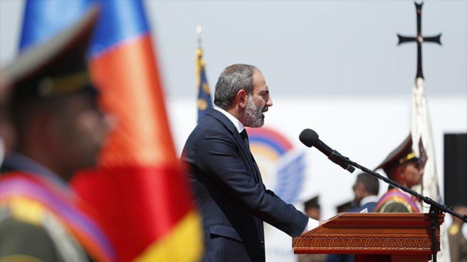"Armenia explota: Desde ""intentona golpista"" hasta marchas callejeras"