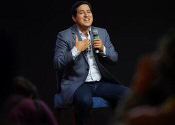 Favorito a la Presidencia de Ecuador Andrés Arauz negocia con Rusia para obtener Sputnik V