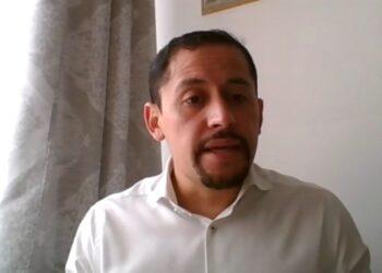 Esteban Melo, miembro de la Asamblea Nacional de Ecuador: «Hay altísismas sospechas de un fraude electoral este domingo»