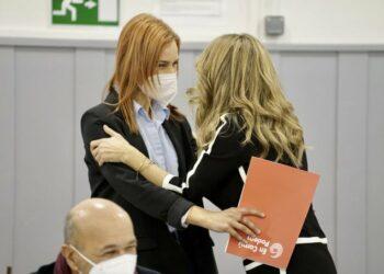 """Yolanda Díaz: """"Tothom vol pactar amb nosaltres a Catalunya perquè bastim ponts"""""""