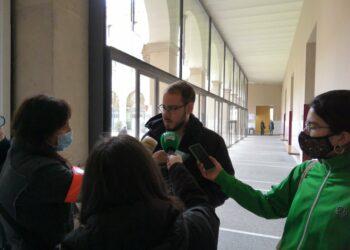 Pablo Hasel: «Estoy encerrado junto a bastantes solidarios en la Universitat de Lleida, tendrán que reventarla para detenerme y encarcelarme»