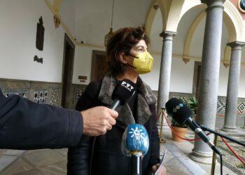 Elisa Cabrerizo denuncia la reducción de 43.000 horas de ayuda a domicilio en la capital