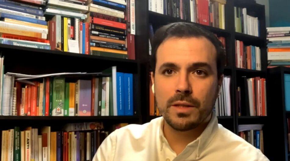 """Garzón sitúa la libertad de expresión como un """"pilar fundamental"""" de la democracia al margen de que la utilicen """"quienes tienen convicciones y gustos distintos a los nuestros"""""""