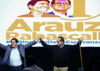 Internacional Progresista denuncia que se gesta un golpe a la democracia en Ecuador