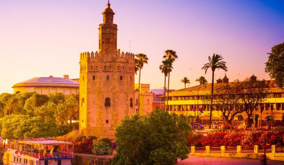 Torre del Oro: 800 años y una historia pendiente