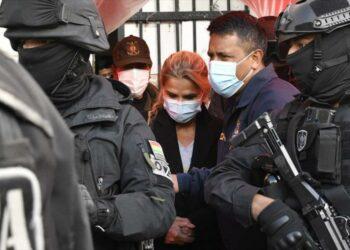 Los tribunales bolivianos dictaminan prisión preventiva para Jeanine Añez por riesgo de fuga