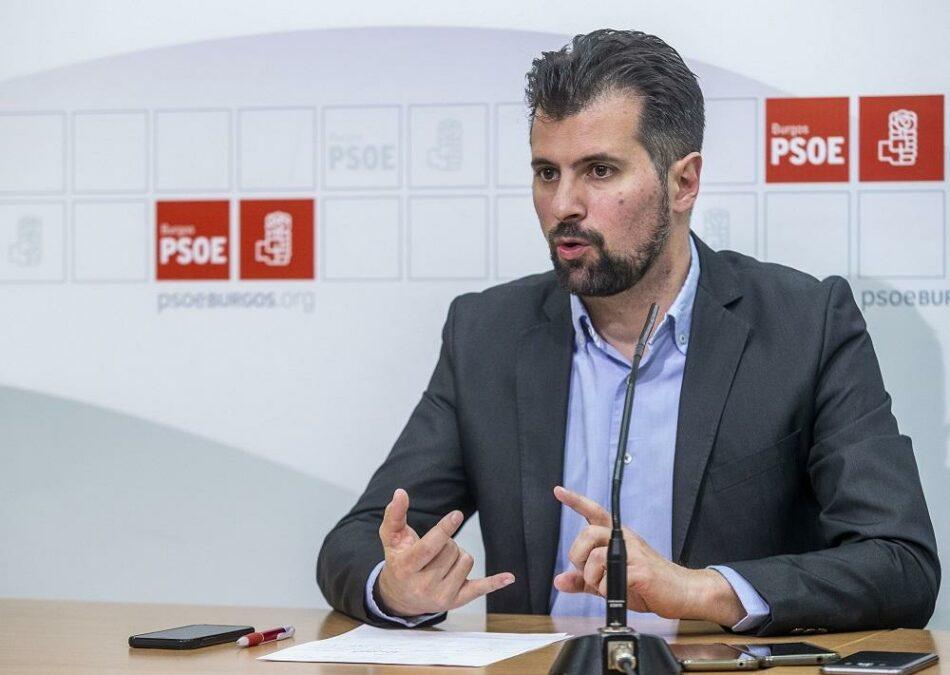 El PSOE presenta una moción de censura en Castilla y León y propone a Luis Tudanca como candidato