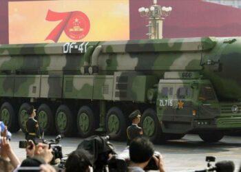 China potencia sus misiles nucleares ante posible ataque de EEUU