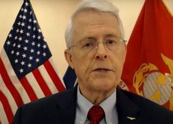 Exsenador estadounidenses revela detallas de la guerra sucia de su país contra Siria