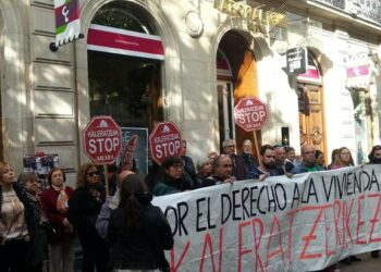 PCE-EPK respalda la iniciativa vasca por la vivienda que lucha por hacer efectivo el derecho a una vivienda digna