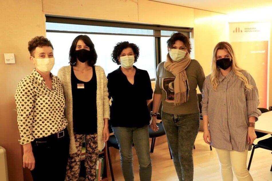 Colectivos de prostitutas continúan su ronda de reuniones en el Congreso con ERC y EH Bildu