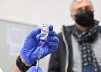 La EMA avala el uso de la vacuna de AstraZeneca