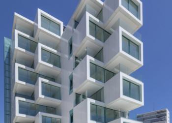 La fábrica de tendencia en arquitectura en la España Vaciada