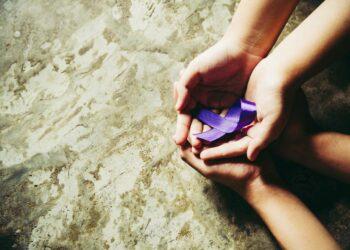 Una ley para proteger a quienes apoyan a las víctimas de violencia machista