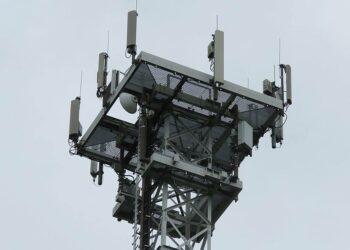 Petición de moratoria del 5G en los ayuntamientos por su impacto ecosocial