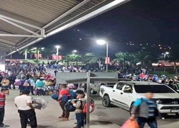 Nueva caravana de migrantes comienza a formarse en Honduras