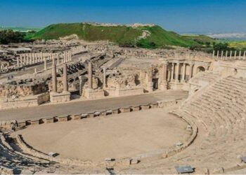 Nuevamente, colonos sionistas asaltan un sitio arqueológico palestino en Sebastia cerca de Nablus