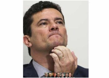 Exministros de Justicia de Brasil piden juzgar a Moro