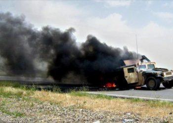 Convoy con apoyo logístico para tropas de EEUU, en llamas en Irak