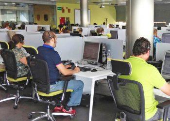 El partido de Teresa Rodríguez exige al Gobierno andaluz que integre al 061 y a Salud Responde en el SAS