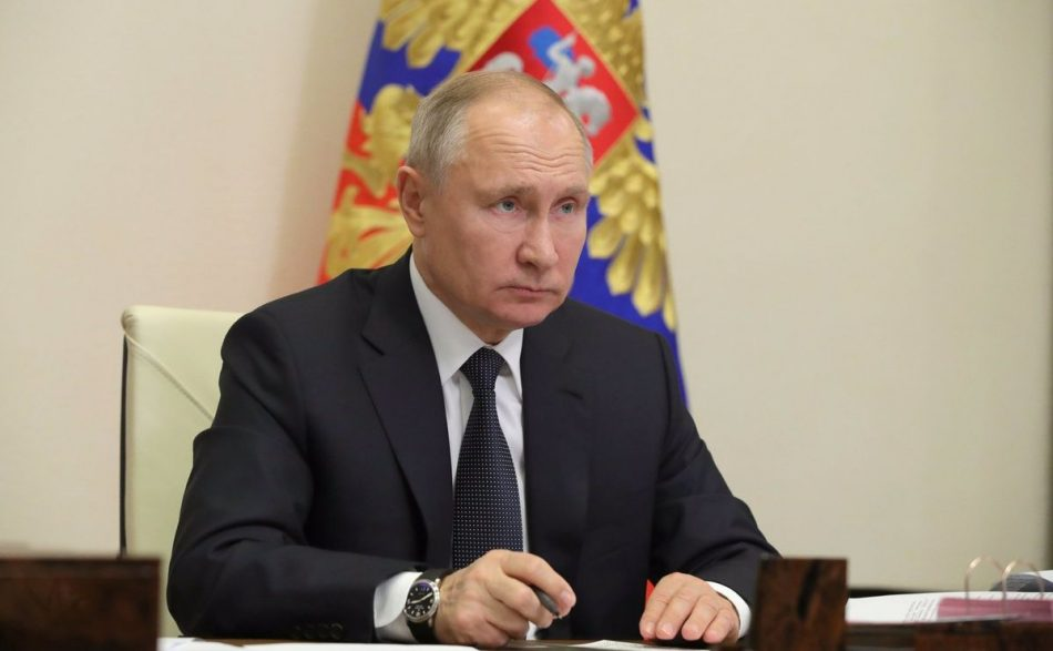 """Putin decreta contramedidas a acciones """"hostiles"""" del Occidente"""