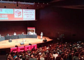 CCOO exige más empleo público como garantía de los derechos de la ciudadanía y el Gobierno compromete 1.000 millones para modernización