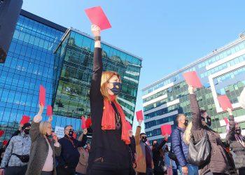 Más de 60.000 personas se oponen al proyecto de Rio Tinto para abrir una mina de litio en el valle serbio del Jadar