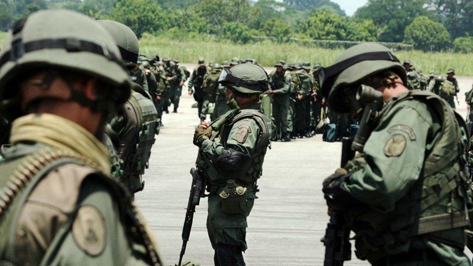 Reportan cruentos combates con bajas y heridos en enfrentamientos con grupos armados colombianos en Apure (Venezuela)