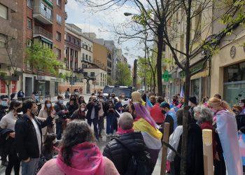 Concentraciones por la Ley Trans en varias ciudades españolas frente a las sedes del PSOE