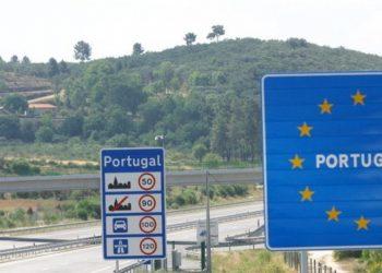 El gobierno anuncia una prórroga al control fronterizo por tierra con Portugal por los brotes de COVID-19