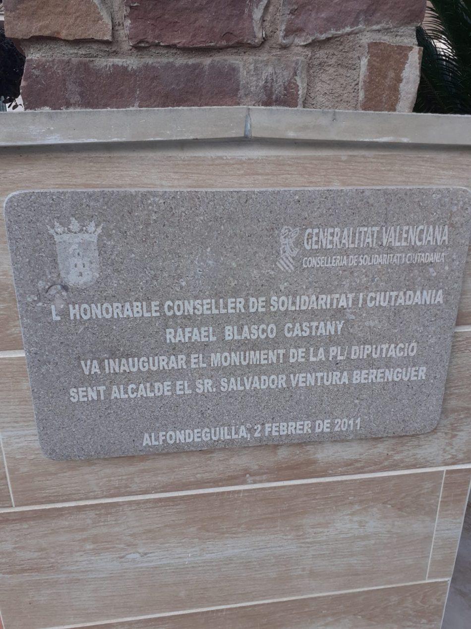 Compromís insta a la retirada de placas conmemorativas con el nombre del condenado Rafael Blasco en la localidad de Fondeguilla