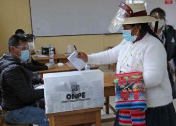 Autoridad electoral de Perú anuncia resultados oficiales para primera semana de mayo