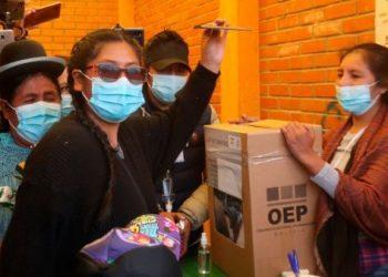 Oposición boliviana aventaja al MAS en contienda por gobernaciones