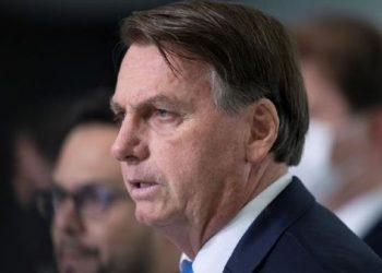 Bolsonaro sigue amenazando con sacar al ejército a la calle