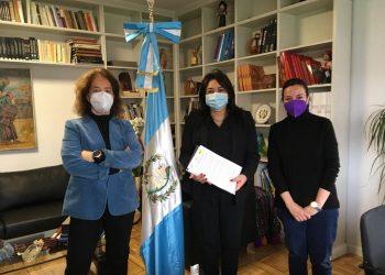 Tres ONGs españolas se reúnen con la embajadora de Guatemala para pedir la liberación del líder indígena Bernardo Caal