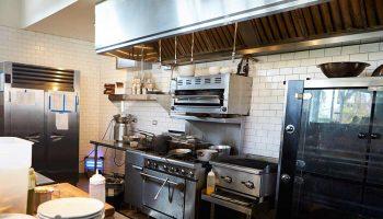 IU eleva a Europa la proliferación de cocinas fantasma en Madrid