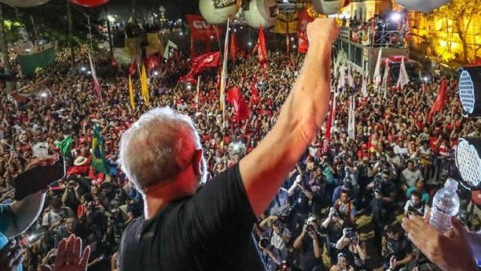 Lula vencería a Bolsonaro en 2022 con una diferencia de 18 puntos en la segunda vuelta, segun una encuesta de PoderData