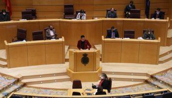 Mulet lamenta que el Gobierno utilice el veto presupuestario a una iniciativa para un problema que afecta la vida de 800.000 interinos en abuso