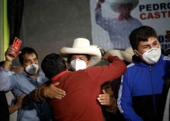 Presidencia de Perú se definirá en segunda vuelta el 6 de junio