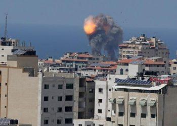 Fuerzas israelíes bombardean de nuevo la Franja de Gaza