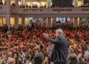 Lula convoca a la esperanza