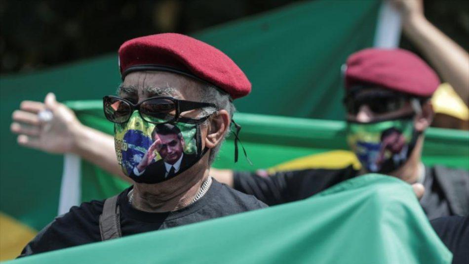 """""""Brasil, cóctel explosivo"""": Milicias de Bolsonaro amenazan el país"""
