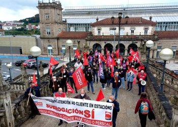 CCOO Galicia esixe a continuidade de todo o persoal dos servizos auxiliares e de atención ao cliente de Renfe