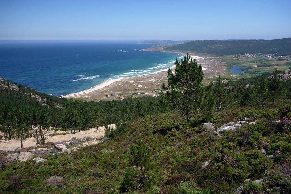 Salvemos Cabana alerta de un 'Prestige 3.0' en la Costa da Morte por el impacto negativo de tres parques eólicos de la multinacional portuguesa EDP Renováveis