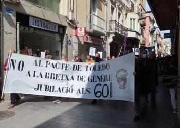 Encuentro de movimientos sociales, vecinales, sindicales y plataformas impulsan una movilización el 29 de mayo por unas «pensiones públicas y justas»