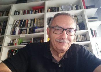 """Escritor Manuel Rico: """"Rechazo todo argumento que justifica las grandes diferencias sociales"""""""
