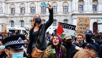 Manifestación en Londres: «Stop massacre in Palestina»