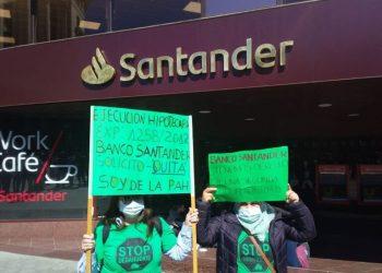 La cara oscura del Banco Santander: desahucios, paraísos fiscales e inversión en armamento
