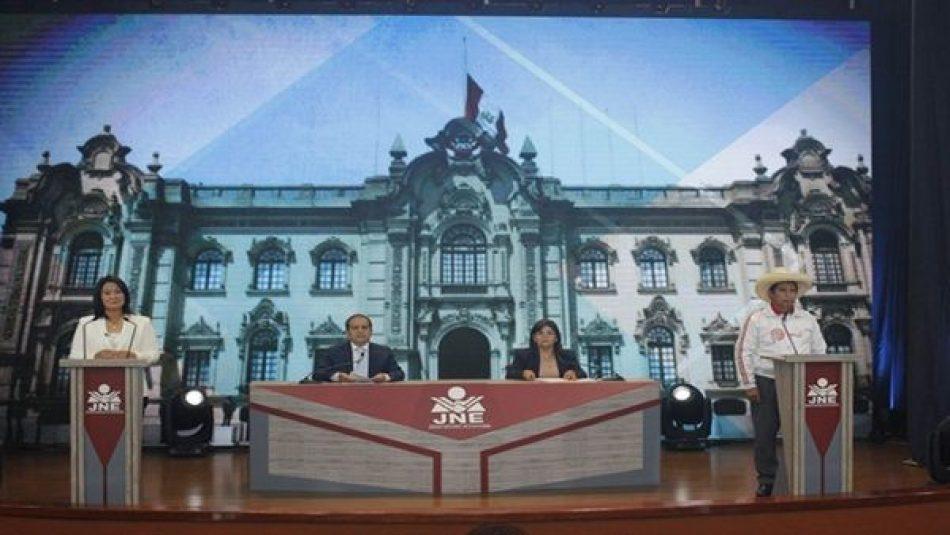 Finaliza debate presidencial en Perú